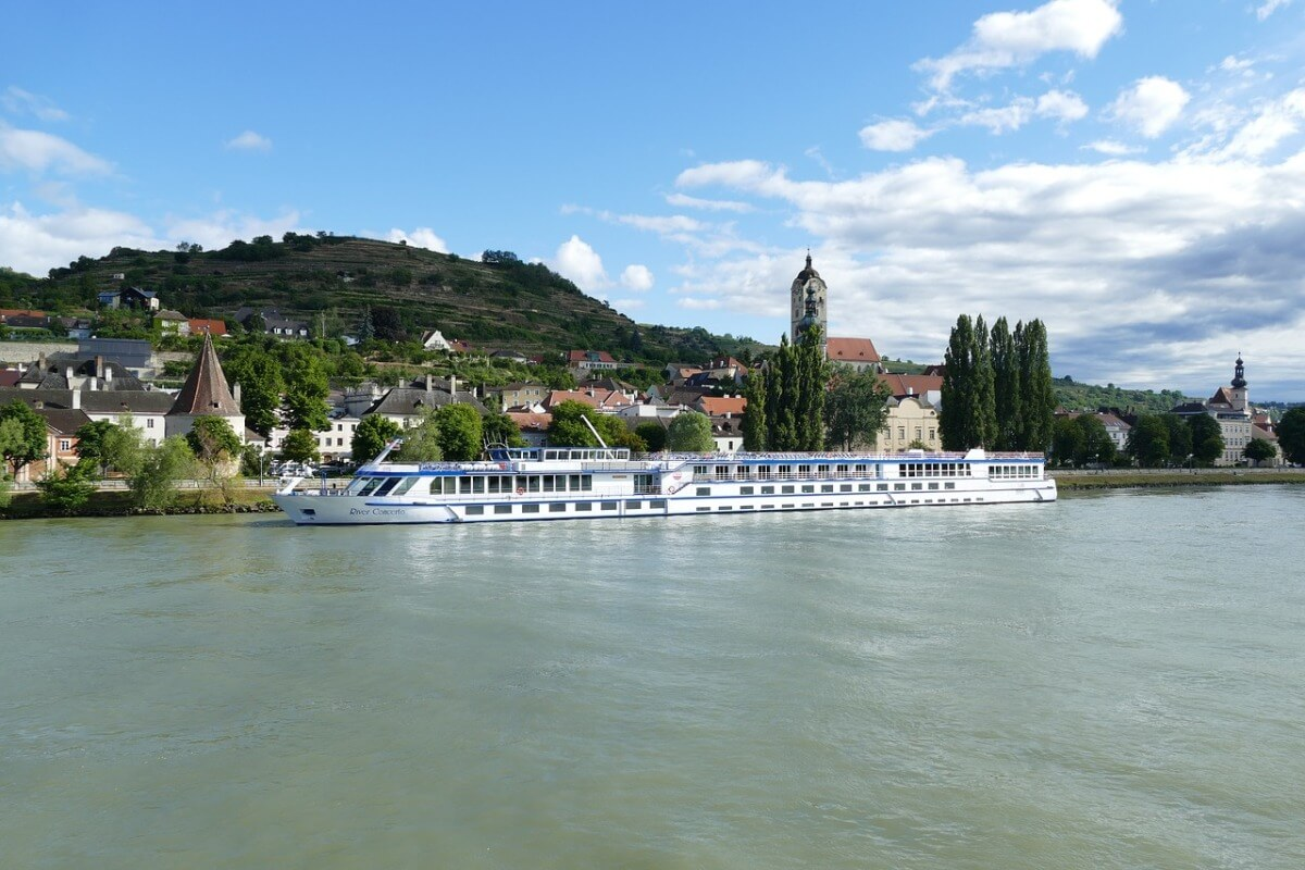 8 Reasons To Try A River Cruise