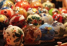 Everything You Need To Know About The Beautiful Blown Glass Ornaments