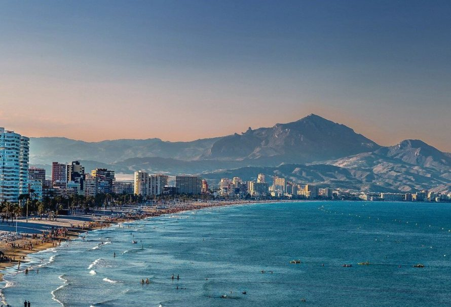 Buying a New Home in Alicante and Malaga